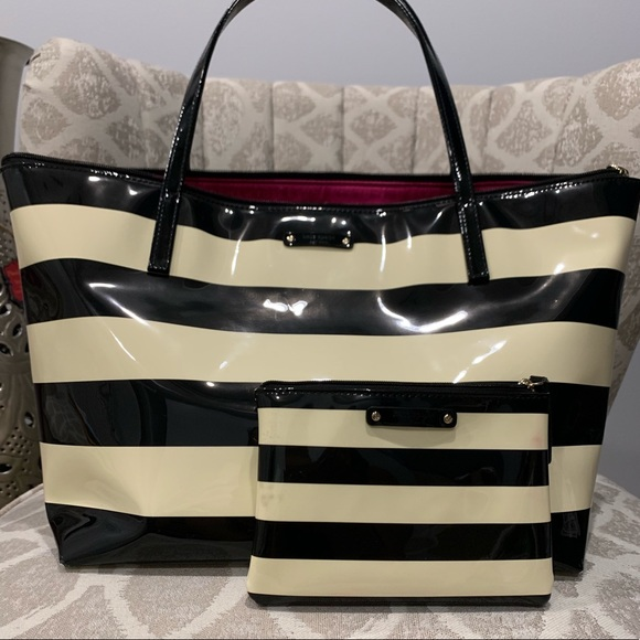 kate spade Handbags - Kate Spade tote with wallet